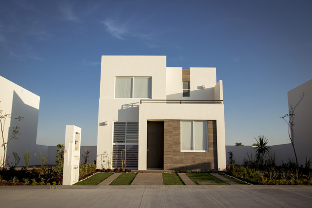 beautiful-house-with-minimalist-architecture-sunny-day_23365-15