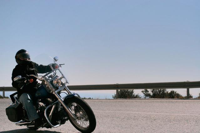 bezpečná jazda na motorke