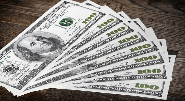 Peniaze a opäť peniaze.jpg
